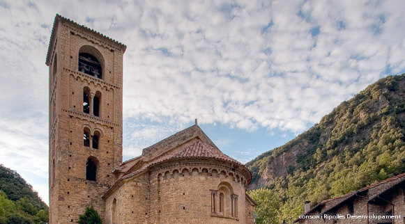 Beget#Esglesia_St_Cristofol_06080075_HDR